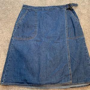 Eddie Bauer size 12 jean skirt